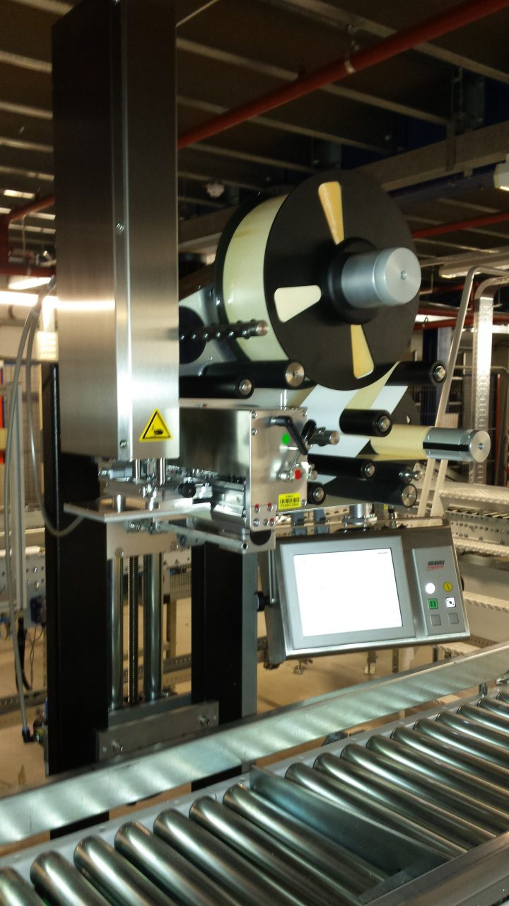 Low cost case labeller for Case low cost amsterdam
